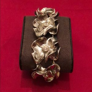 Jewelry - FREE with purchase/Large Leaf Silver Bracelet